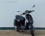 Brom scooter - Vespa Sprint (zwart)